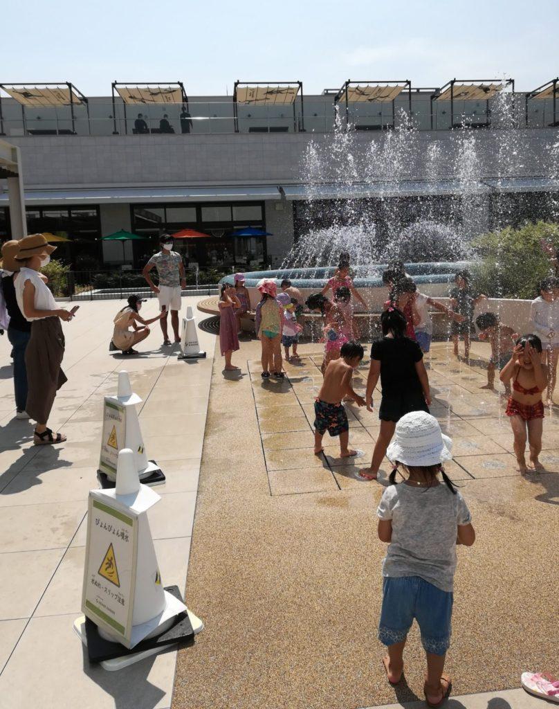 有明ガーデンの水遊び場、噴水広場水のテラス